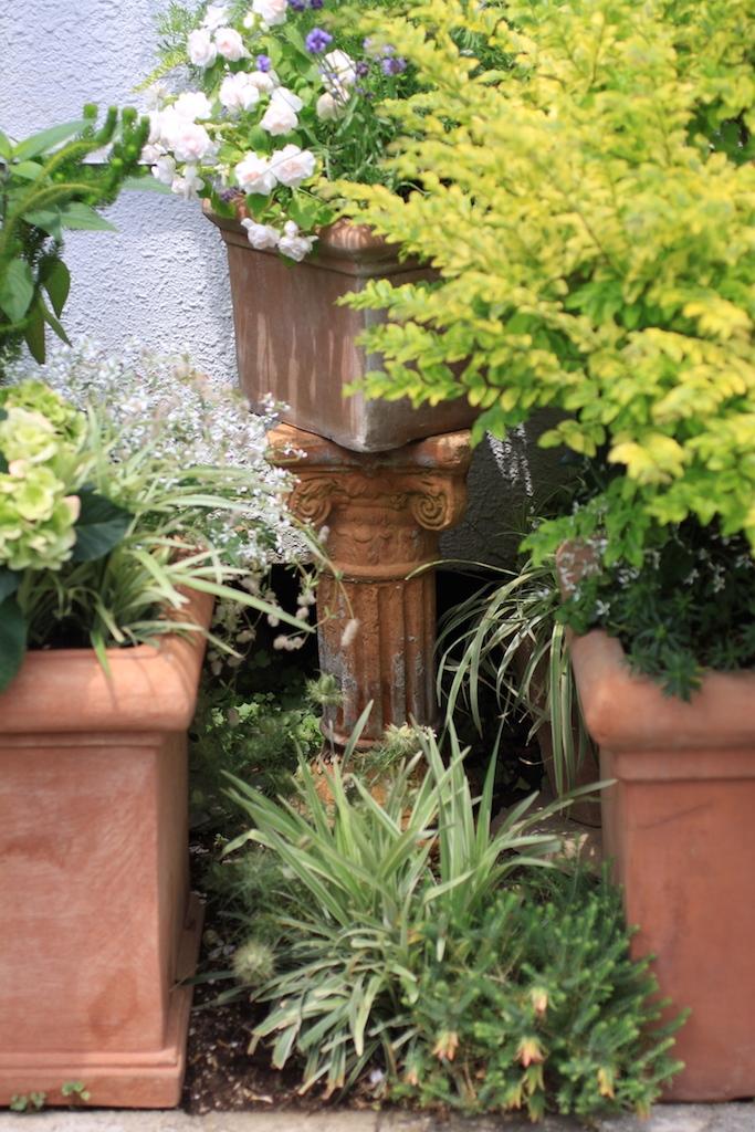 狭い場所を庭にするアイデア