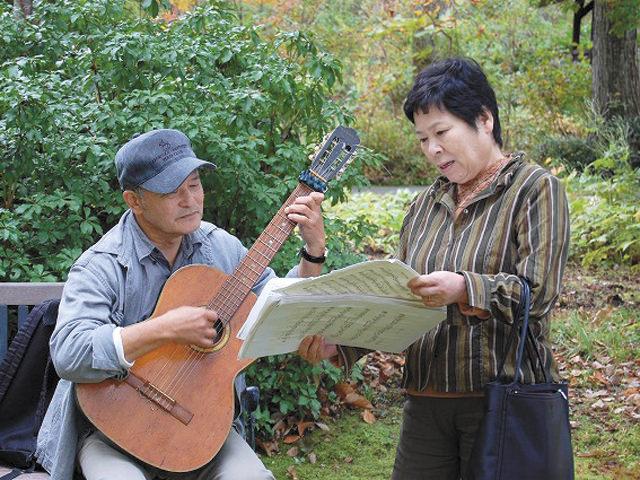 音楽療法(ミュージックセラピー) さまざまな慢性疾患、障害、脳卒中後遺症などに取り入れられています。