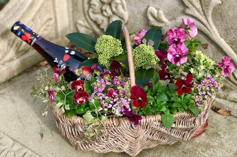 ワインと花の寄せ植え
