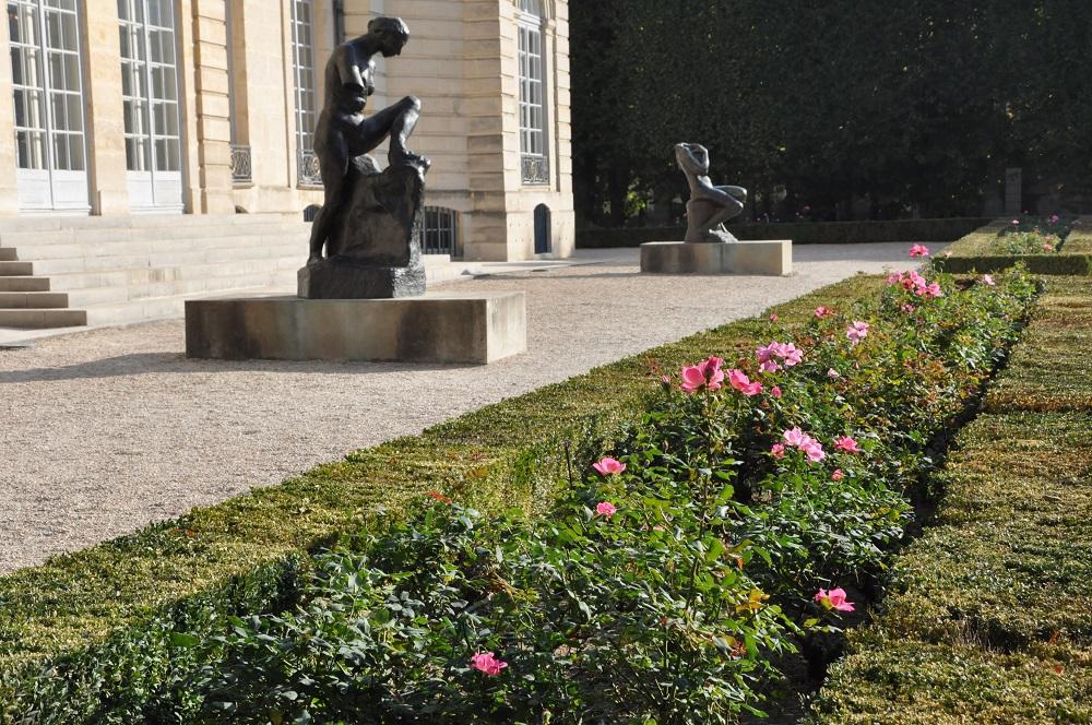 ロダン美術館と彫像