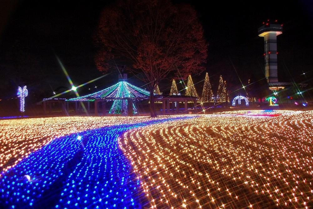 「木曽三川公園センター」のイルミネーション