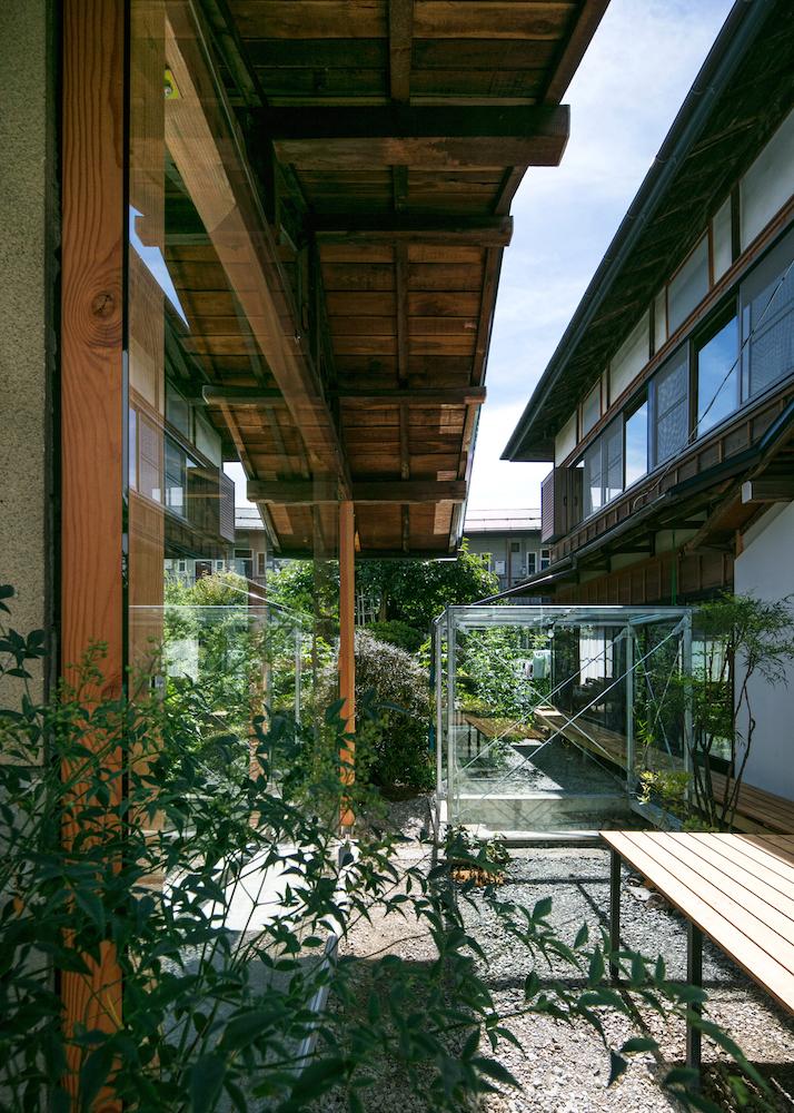 建築と植栽のリノベーションプロジェクト「6つの小さな離れの家」
