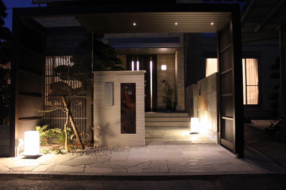 """""""和""""に寄せた空間は照明器具の素材や光の色味を意識するのがコツ"""
