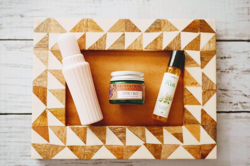 鼻水、かゆみ…つらい症状を植物エキスで解決!「花粉症対策」コスメ3選