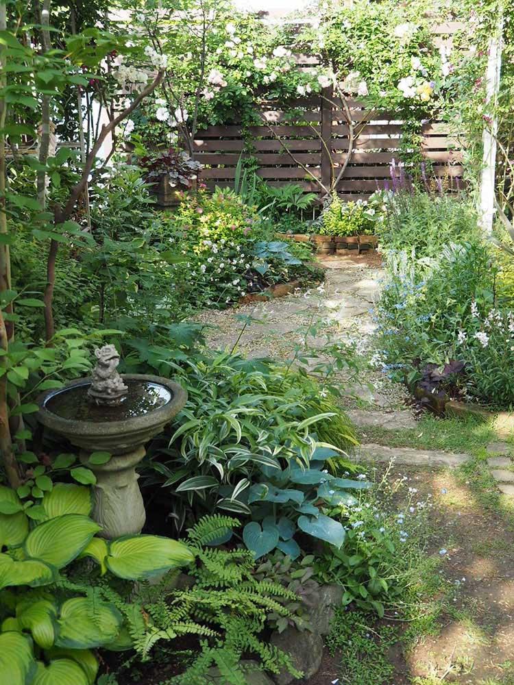 インスタで人気の庭