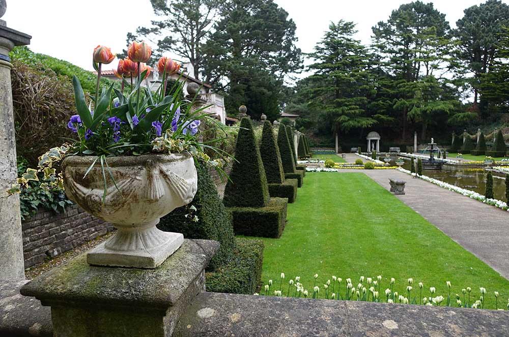 イギリス コンプトン・エーカーズのグランド・イタリアン・ガーデン