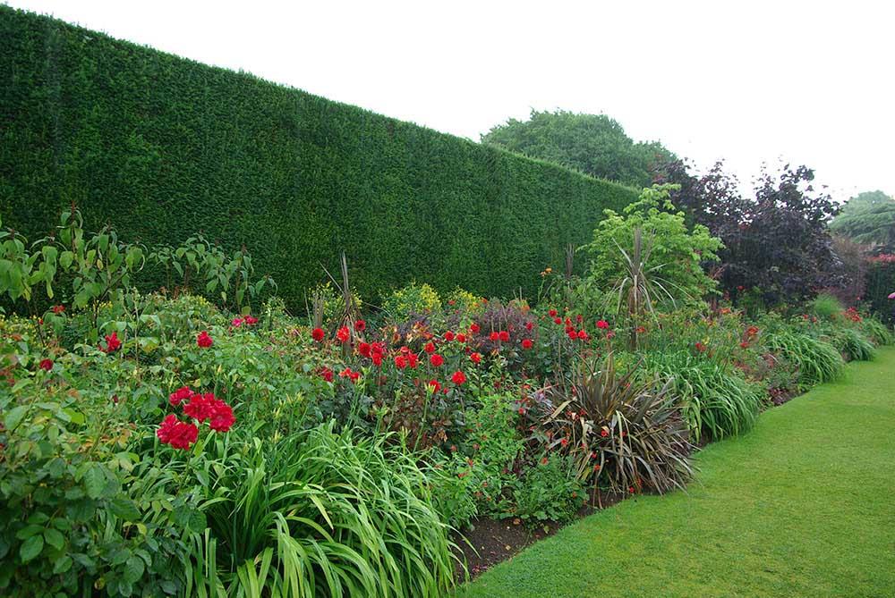 「ヒドコート・マナー・ガーデン」のボーダー花壇