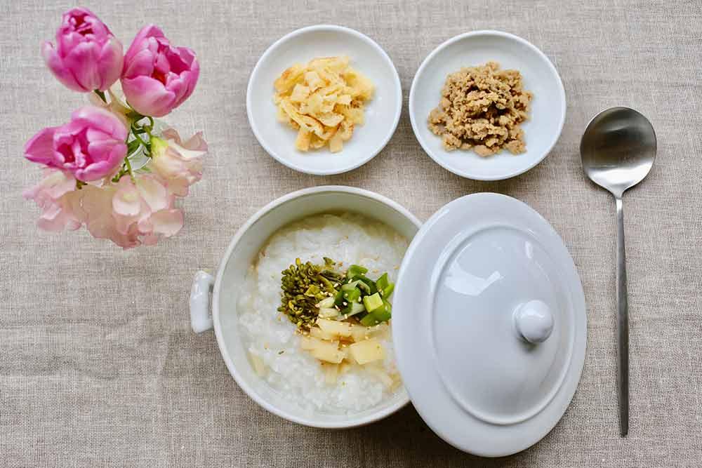 芽吹き野菜の中華粥