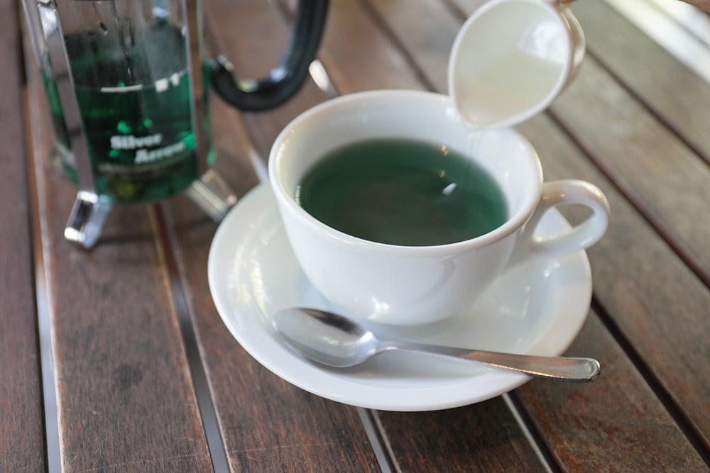 蒜山ハーブガーデン HerBill カフェ