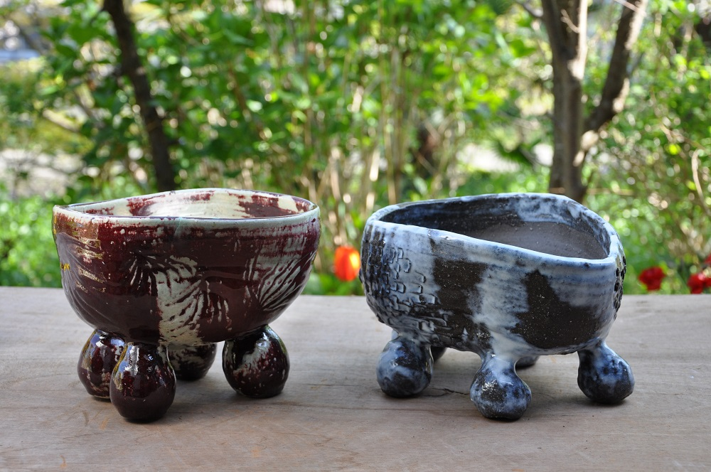 庭に個性をプラス! 陶芸家が創作する植木鉢と、寄せ植え植物