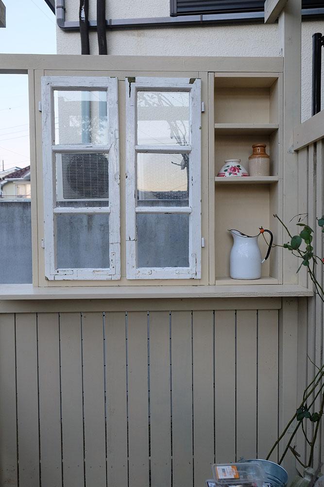 窓ガラスのはめ込み