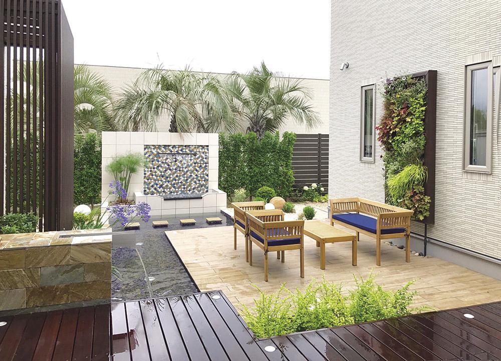 ご自宅の庭をリゾートガーデンに! 作り方のポイントや事例をご紹介