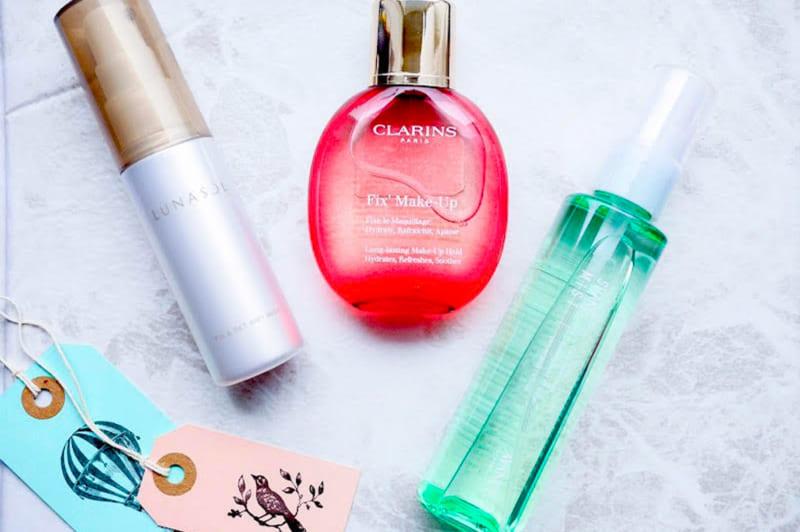化粧崩れを防ぐミストは美肌成分にこだわって選んで!おすすめメイクフィックスミスト」3選