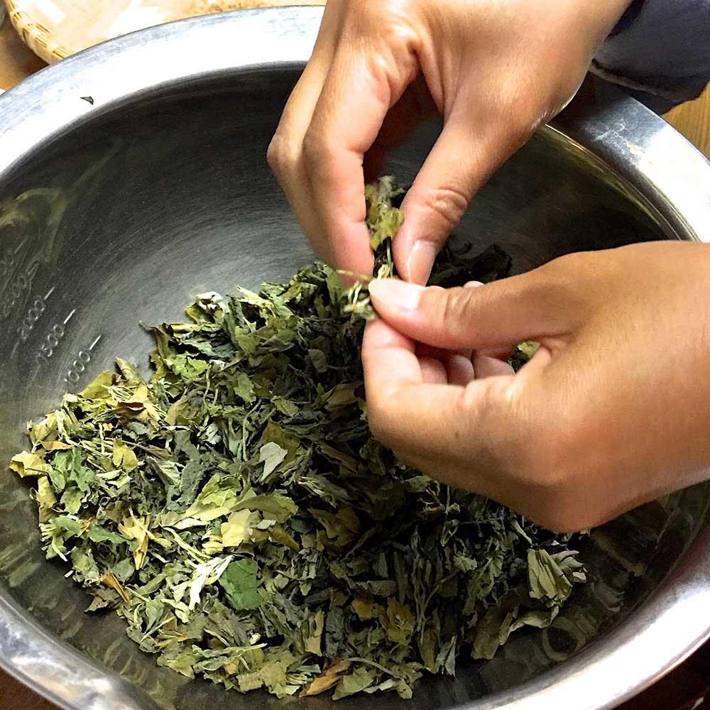 マルベリーの茶葉