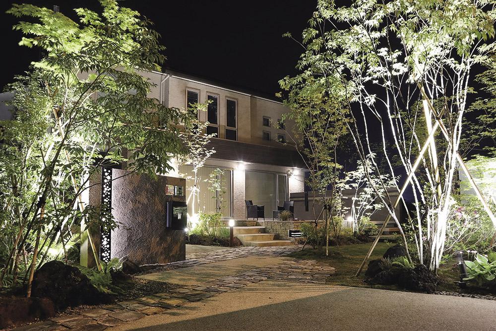 玄関に高級感を持たせたい! 和風・洋風のデザインをご紹介