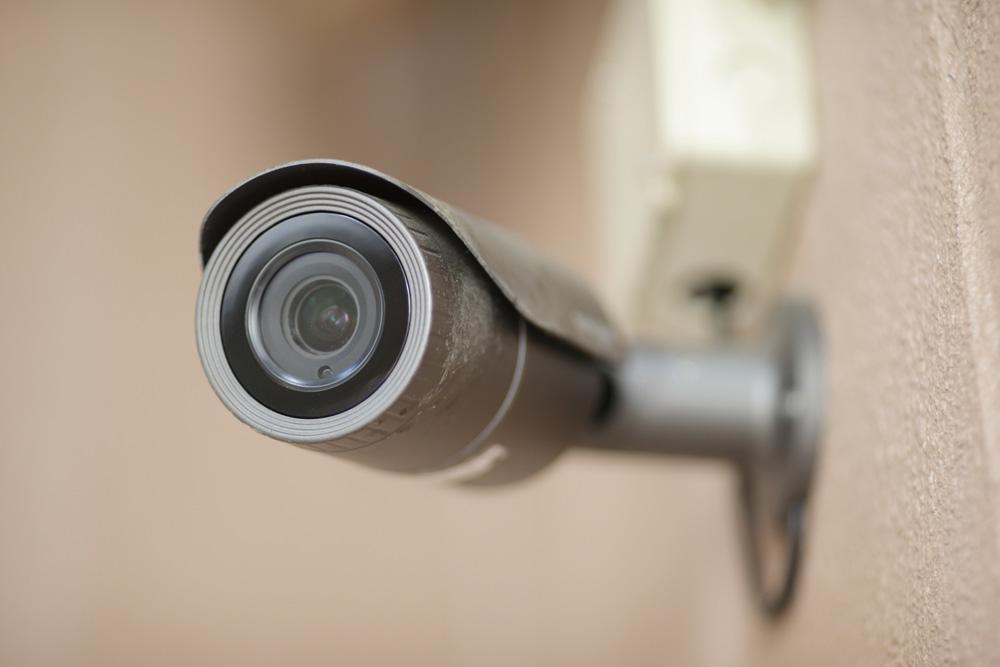 庭の防犯対策6.防犯カメラを設置する