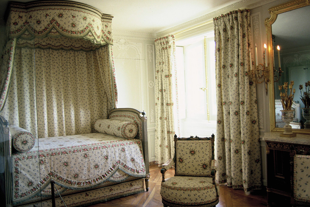 離宮のマリー・アントワネットの寝室