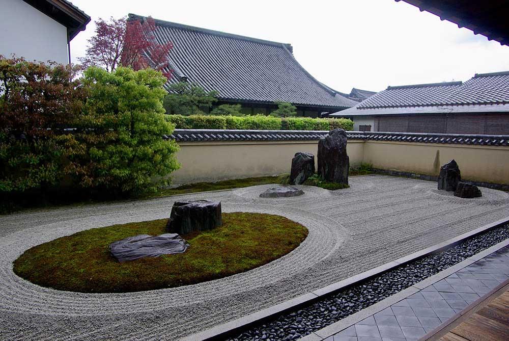 京都、大徳寺の「龍源院」。