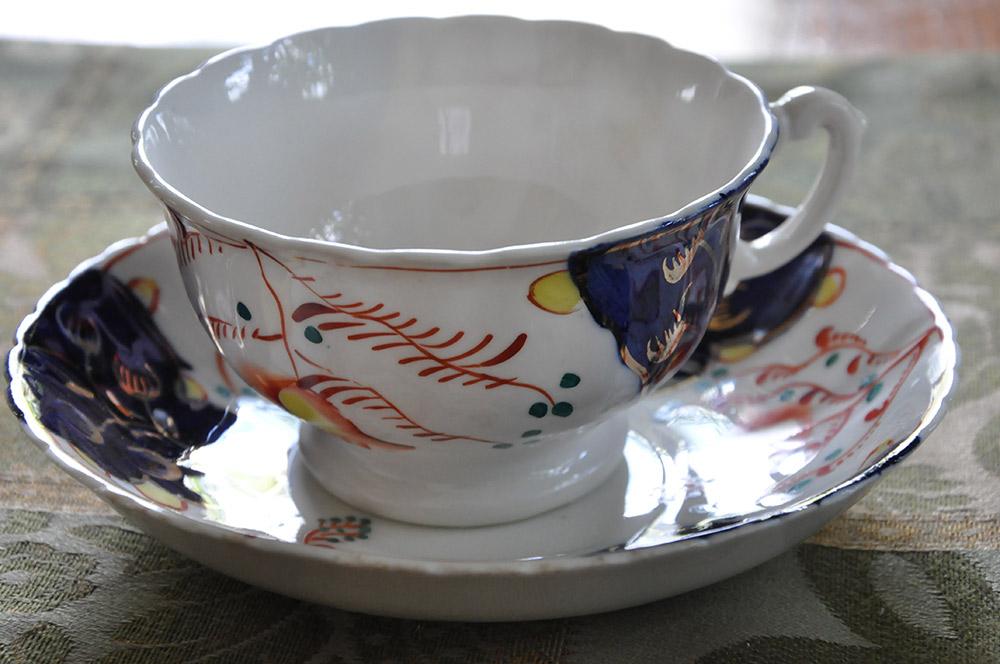 アンティークのカップ