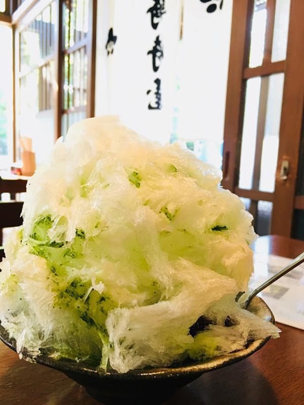 ご当地名物・雪くま(というかき氷)