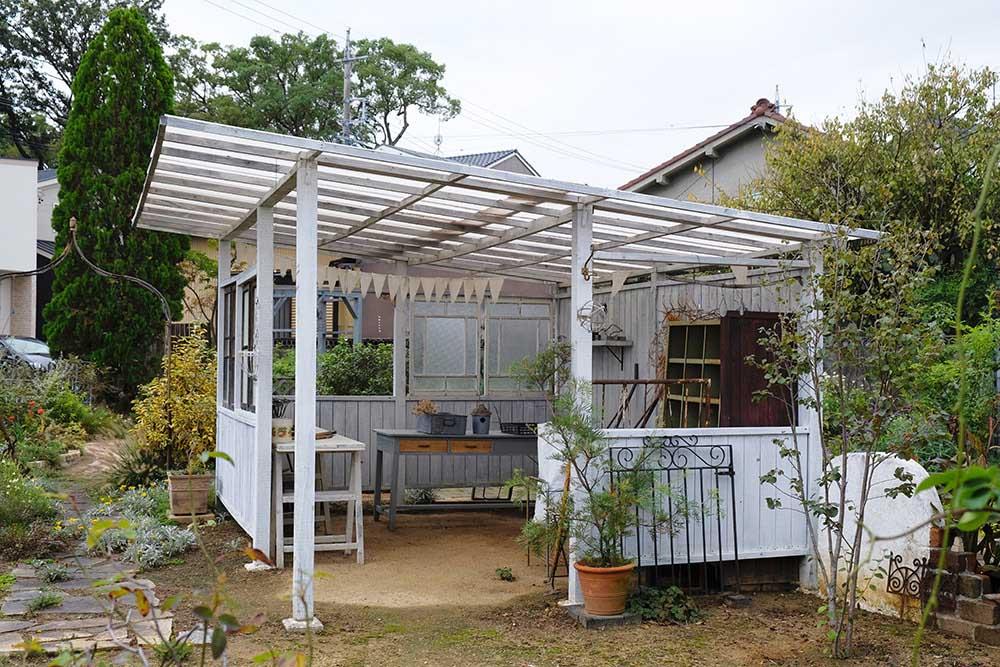 藤井邸のDIYの小屋