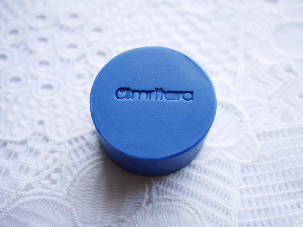 日本伝統の藍が大人ニキビを防いでつるんとなめらかな肌に アムリターラ「インディゴバランシングソープ」