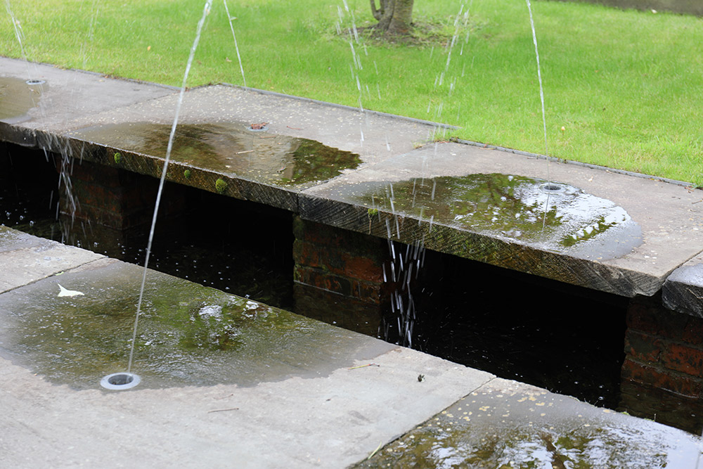 マルバリーズ・ガーデンズの水の庭