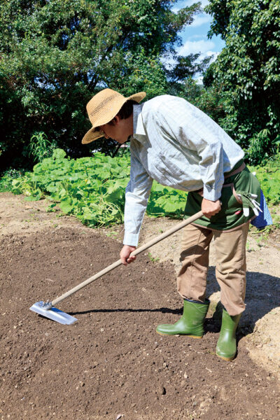 土をよく耕す