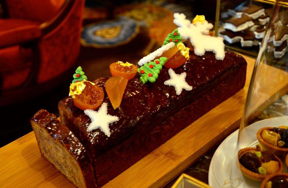『リッツ パリ』のクリスマスケーキ