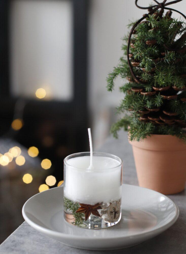クリスマスの2層のゼリーキャンドル作り