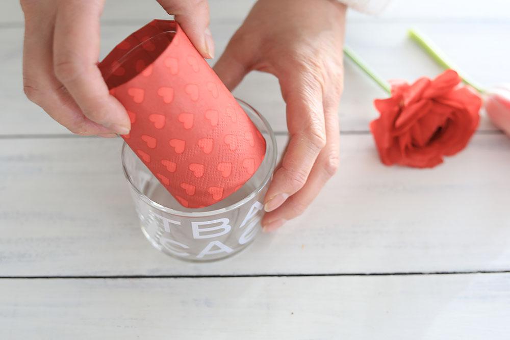 赤いテーブルアレンジの作り方