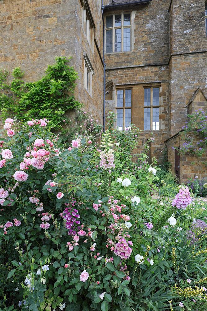 ブロートン城の庭