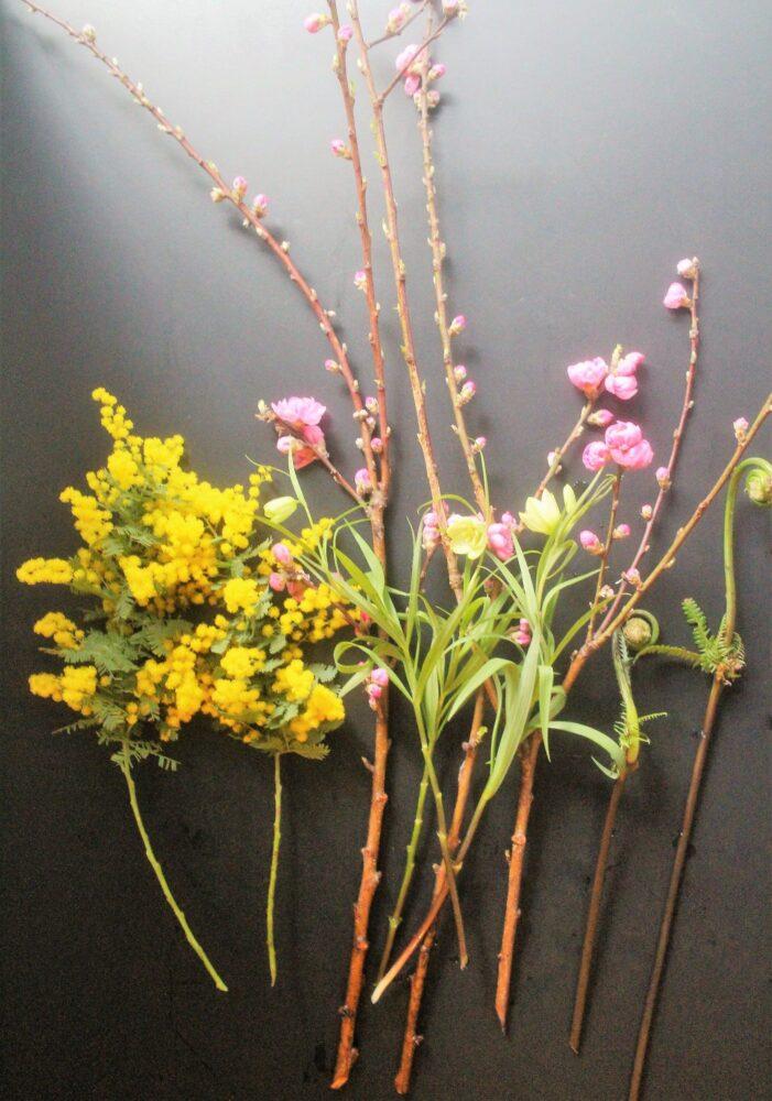 ひな祭りのアレンジの花材
