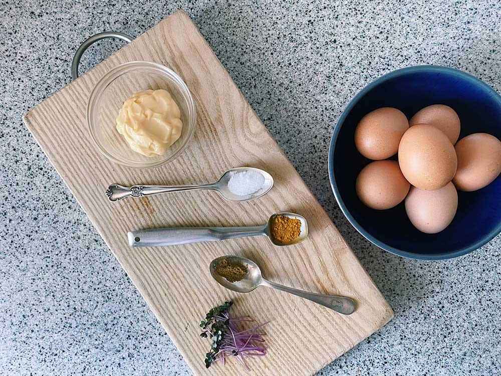 カレーデビルドエッグの作り方