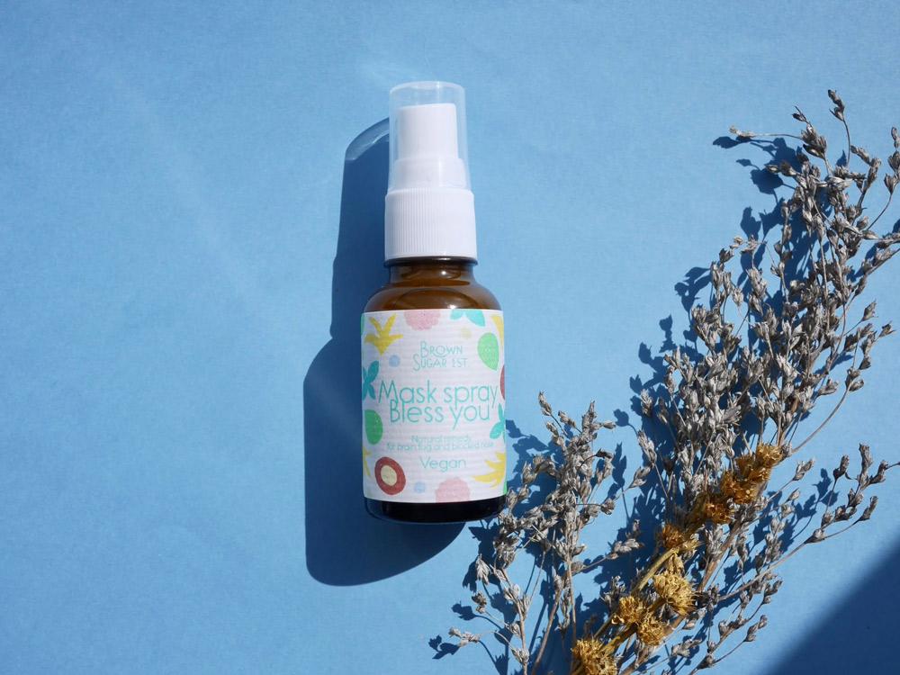 花粉症の鼻・のど詰まりにも!12種類の天然精油をブレンドした万能スプレー。 ブラウンシュガーファースト「マスクスプレー ブレスユー」