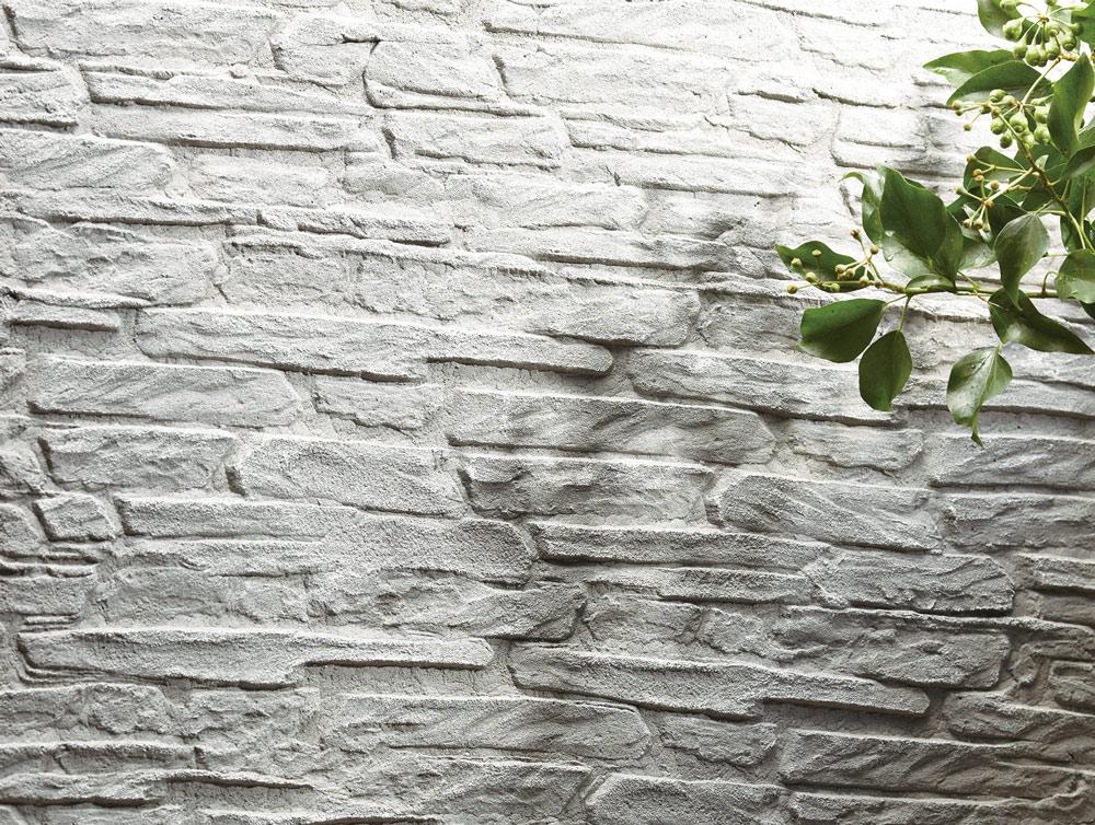 ローラー仕上げの壁 石調の仕上がりの塗り壁