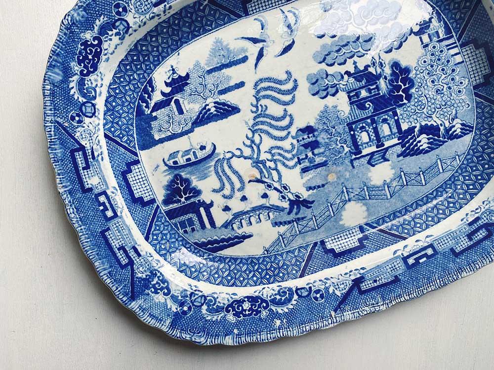 ブルーウィローの大皿